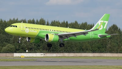 A picture of VQBCR - Airbus A320271N - S7 Airlines - ©  koba emukhvari