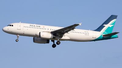 9V-SLL - Airbus A320-233 - SilkAir