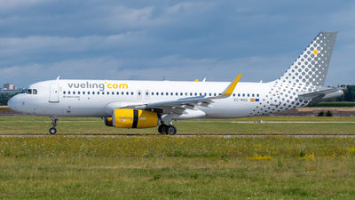 A picture of ECMXG - Airbus A320232 - Vueling - © marfi80