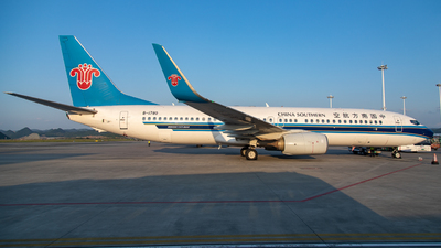 A picture of B1780 - Boeing 73781B - China Southern Airlines - © LingFeng