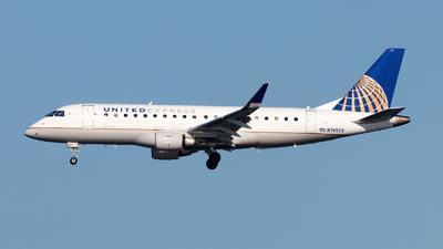 A picture of N745YX - Embraer E175LR - United Airlines - © Oliver Richter