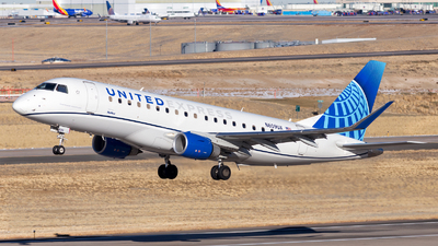 A picture of N609UX - Embraer E175LL - United Airlines - © HA-KLS