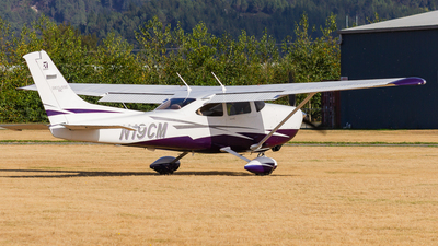 N19CM - Cessna T182T Skylane TC - Private