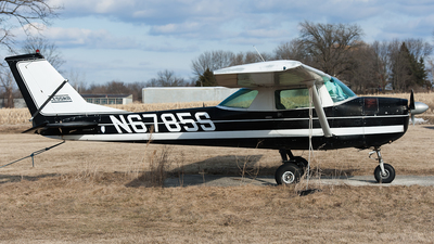 N6785S - Cessna 150H - Private