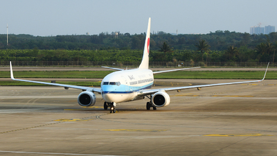 A picture of B5215 - Boeing 73775C - Hebei Airlines - © LANG