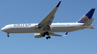A picture of N643UA - Boeing 767322(ER) - United Airlines - © Xiamen Air 849 Heavy