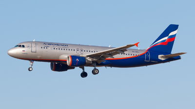 A picture of VQBHL - Airbus A320214 - Aeroflot - © Eyal Zarrad