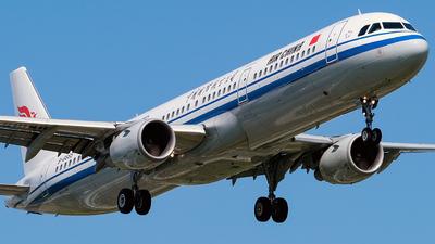 B-6665 - Airbus A321-213 - Air China