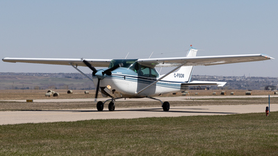 A picture of CFSOM - Cessna TR182 Turbo Skylane RG - [R18201745] - © Mike MacKinnon