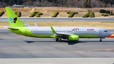 HL8242 - Boeing 737-8Q8 - Jin Air