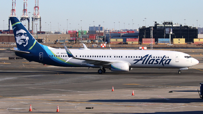 A picture of N433AS - Boeing 737990(ER) - Alaska Airlines - © Xiamen Air 849 Heavy