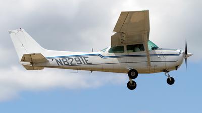 N8291E - Cessna 172N Skyhawk II - Private