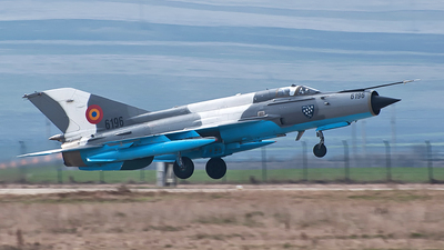6196 - Mikoyan-Gurevich MiG-21MF Lancer C - Romania - Air Force