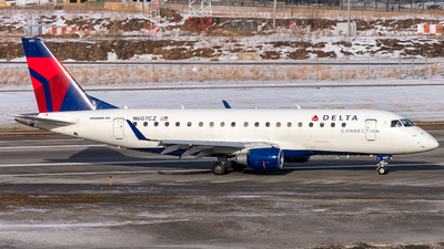 N607CZ - Embraer 170-200LR - Delta Connection (SkyWest Airlines)
