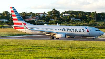 A picture of N985NN - Boeing 737823 - American Airlines - © Terris Scott