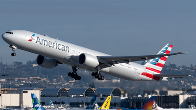 A picture of N731AN - Boeing 777323(ER) - American Airlines - © Ricky Teteris