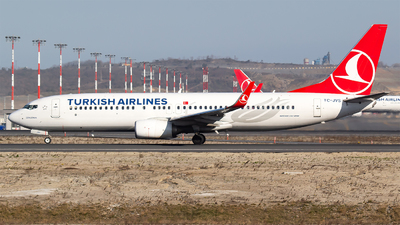 A picture of TCJVS - Boeing 7378F2 - Turkish Airlines - © Bora Polater