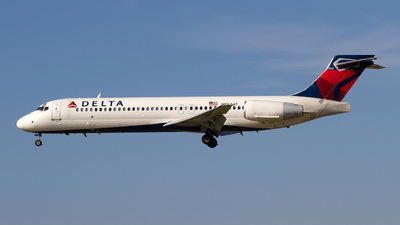 N964AT - Boeing 717-2BD - Delta Air Lines