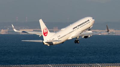 A picture of JA01RK - Boeing 7378Q3 - Japan Transocean Air - © Joe Masui