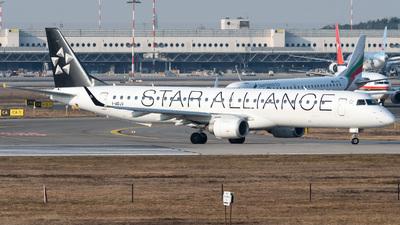 I-ADJV - Embraer 190-200LR - Air Dolomiti