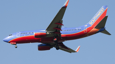 N947WN - Boeing 737-7H4 - Southwest Airlines