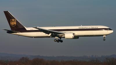 N313UP - Boeing 767-34AF(ER) - United Parcel Service (UPS)