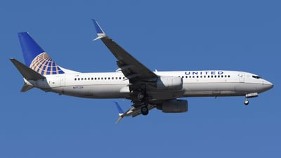 A picture of N17229 - Boeing 737824 - United Airlines - © DJ Reed - OPShots Photo Team