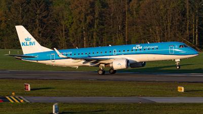 A picture of PHEZF - Embraer E190STD - KLM - © Niclas Rebbelmund