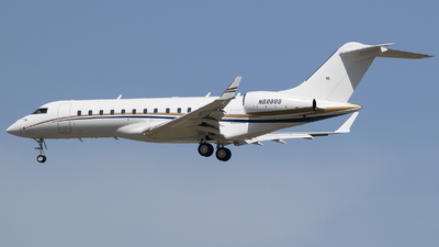 N68889 - Bombardier BD-700-1A10 Global 6000 - Private