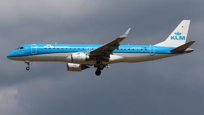 A picture of PHEZF - Embraer E190STD - KLM - © Ferenc Kolos