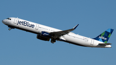 A picture of N976JT - Airbus A321231 - JetBlue Airways - © PAUL LINK