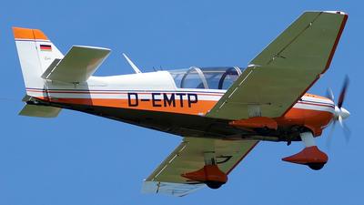 D-EMTP - Robin DR400/180R Remorqueur - Private