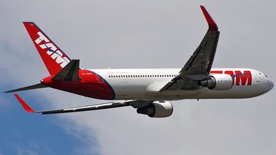 PT-MOG - Boeing 767-316(ER) - TAM Linhas Aéreas