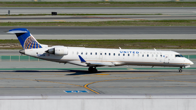 A picture of N789SK - Mitsubishi CRJ701ER - United Airlines - © global_flyer1