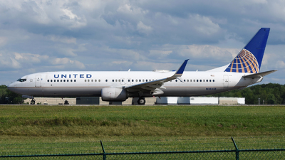 A picture of N38458 - Boeing 737924(ER) - United Airlines - © DJ Reed - OPShots Photo Team