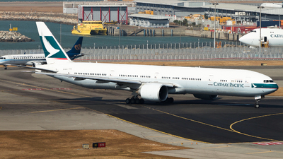 A picture of BKPH - Boeing 777367(ER) - Cathay Pacific - © hongkongaviation