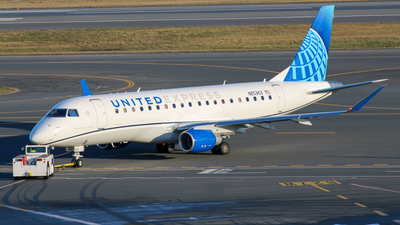 N85363  - Embraer 170-200LL - United Express (Mesa Airlines)