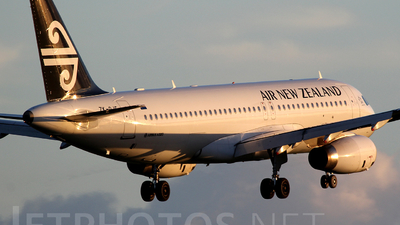 ZK-OJS - Airbus A320-232 - Air New Zealand