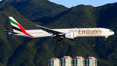A picture of A6ECO - Boeing 77736N(ER) - Emirates - © Chow Kin Hei - AHKGAP