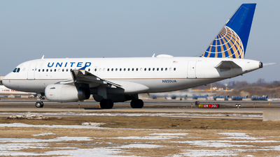 A picture of N850UA - Airbus A319131 - United Airlines - © Alec Mollenhauer