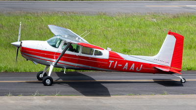 TI-AAJ - Cessna 180 Skywagon - Private