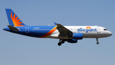 A picture of N235NV - Airbus A320214 - Allegiant Air - © Daniel Lapierre Forget