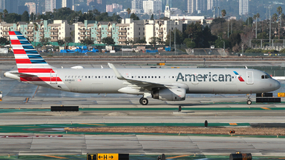 A picture of N908AA - Airbus A321231 - American Airlines - © R. Eikelenboom