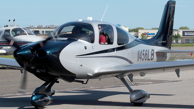 N456LB - Cirrus SR22 Platinum - Private