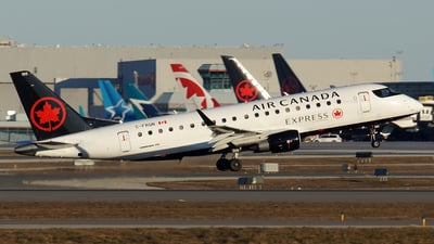 C-FRQN - Embraer 170-200SU - Air Canada Express (Sky Regional Airlines)