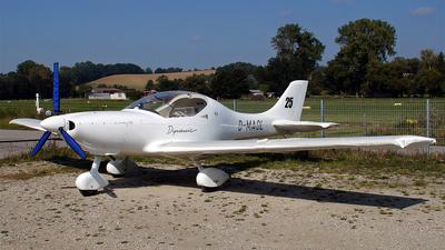 A picture of DMAOL - Aerospool WT9 Dynamic - [1005] - © Hugo Schwarzer