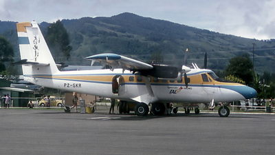 P2-GKR - De Havilland Canada DHC-6-200 Twin Otter - Territory Airlines – TAL