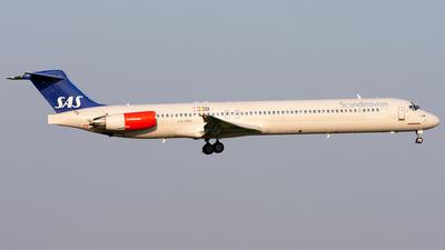 LN-RMM - McDonnell Douglas MD-82 - Scandinavian Airlines (SAS)