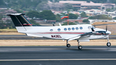 N43EL - Beechcraft B200GT Super King Air - Private
