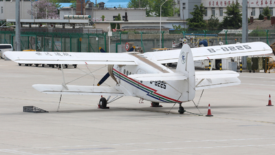 B-8225 - Shijiazhuang Y-5B - Shida Aviation